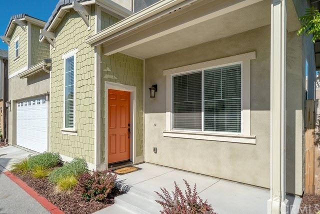Photo of 295 X-Bar-D Way, Templeton, CA 93465 (MLS # SC21109614)