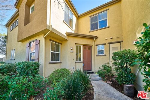 Photo of 25526 WHARTON Drive, Stevenson Ranch, CA 91381 (MLS # 20557616)