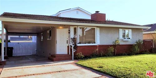 Photo of 336 E Hillsdale Street, Inglewood, CA 90302 (MLS # 20625616)
