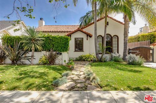 Photo of 358 S Sycamore Avenue, Los Angeles, CA 90036 (MLS # 21716616)