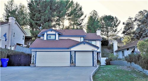 Photo of 28619 Greenwood Place, Castaic, CA 91384 (MLS # SR21200617)