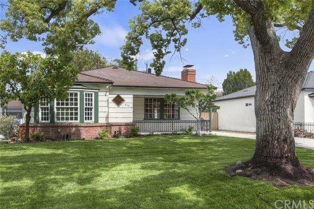 Photo of 410 S Lamer Street, Burbank, CA 91506 (MLS # BB21089617)