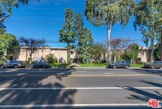 Photo of 12659 MOORPARK Street, Studio City, CA 91604 (MLS # 19423618)