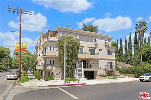 Photo of 5401 Morella Avenue #5, Valley Village, CA 91607 (MLS # 20609618)