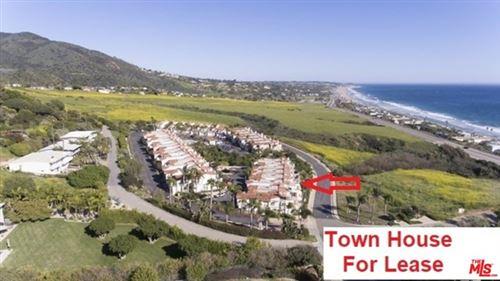 Photo of 6408 Lunita Road, Malibu, CA 90265 (MLS # 21719618)