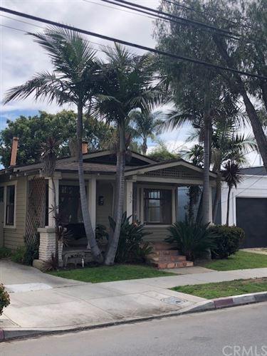 Photo of 352 Walnut Avenue, Long Beach, CA 90802 (MLS # PW21204618)