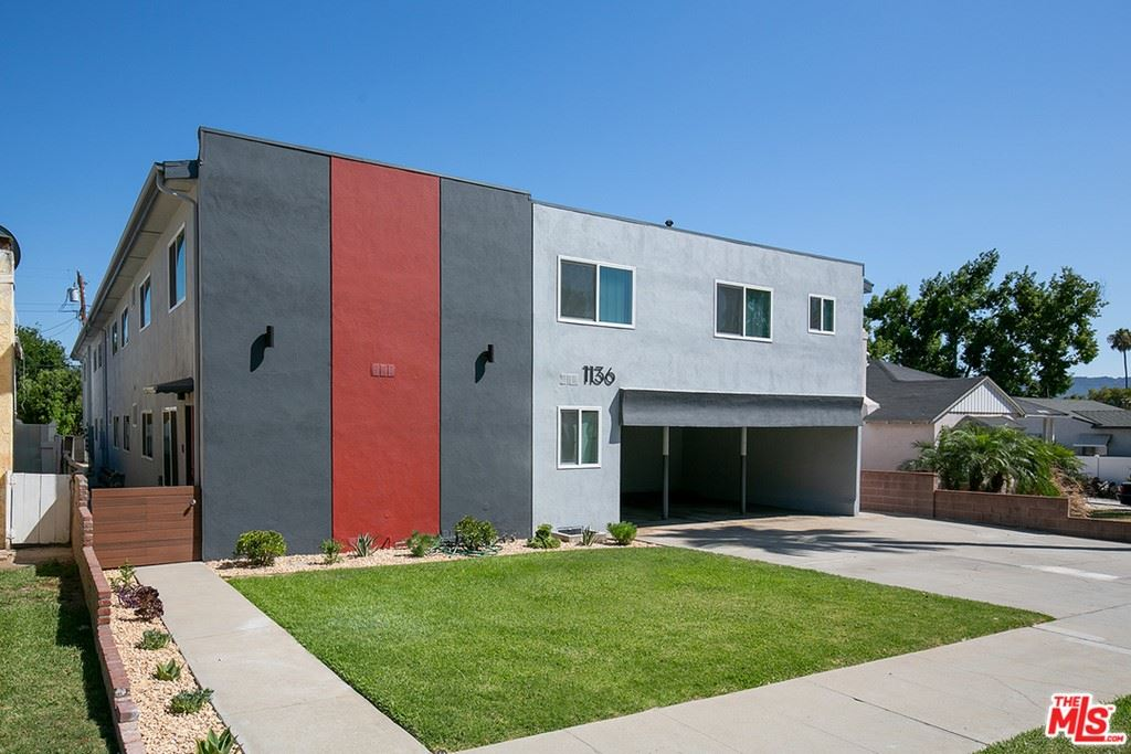 Photo of 1136 SPAZIER Avenue #6, Glendale, CA 91201 (MLS # 21796618)