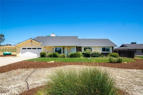 Photo of 4580 Farousse Way, Paso Robles, CA 93446 (MLS # NS20105619)