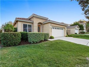 Photo of 29924 Shadow Place, Castaic, CA 91384 (MLS # SR19261619)