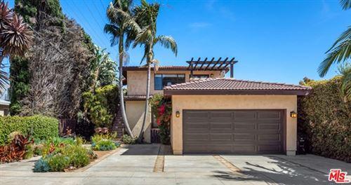 Photo of 11664 La Grange Avenue, Los Angeles, CA 90025 (MLS # 21726620)