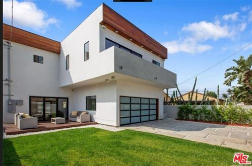 Photo of 11931 Tennessee Place, Los Angeles, CA 90064 (MLS # 21762620)