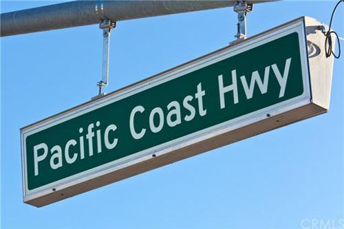 Tiny photo for 520 12th Street, Huntington Beach, CA 92648 (MLS # OC21062620)