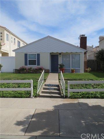 Photo for 520 12th Street, Huntington Beach, CA 92648 (MLS # OC21062620)