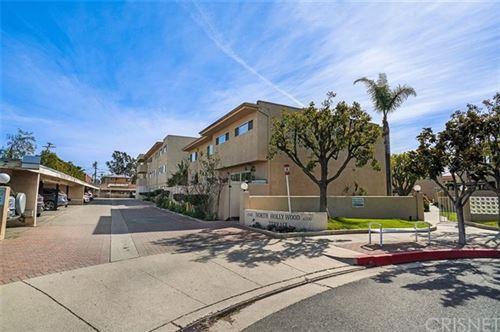 Photo of 6342 Morse Avenue #302, North Hollywood, CA 91606 (MLS # SR21022621)
