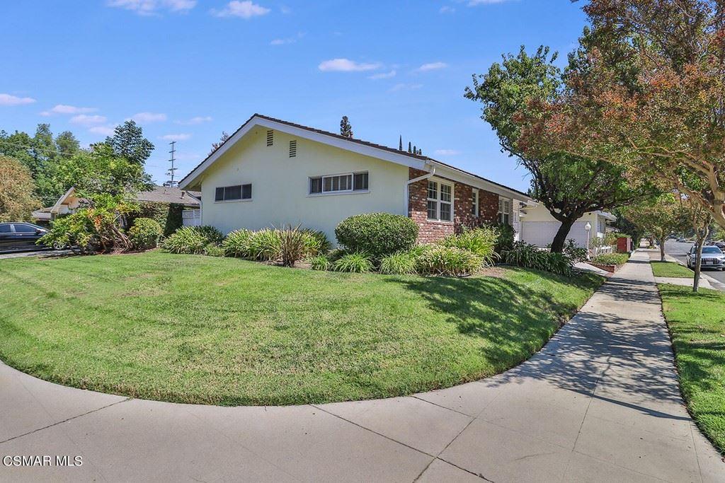 22151 Tiara Street, Woodland Hills, CA 91367 - MLS#: 221004621