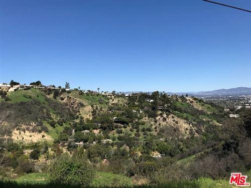 Tiny photo for 3566 N Oakfield Drive, Sherman Oaks, CA 91423 (MLS # 19421622)