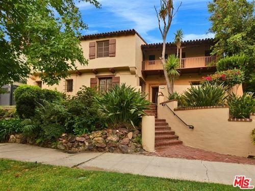Photo of 801 S Longwood Avenue, Los Angeles, CA 90005 (MLS # 20625622)