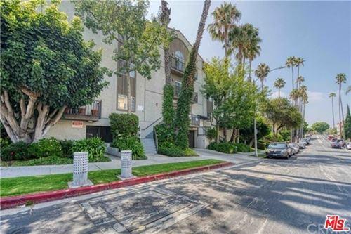 Photo of 102 S Manhattan Place #302, Los Angeles, CA 90004 (MLS # 21737622)