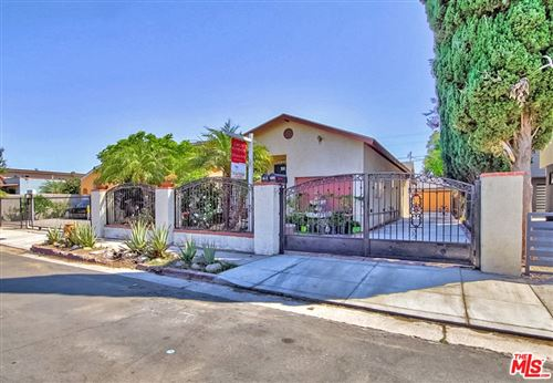Photo of 5418 Smiley Drive, Los Angeles, CA 90016 (MLS # 21765622)