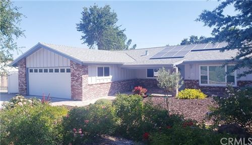 Photo of 1131 Tee Court, Paso Robles, CA 93446 (MLS # NS20131622)