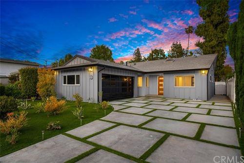 Photo of 5706 Wilkinson Avenue, Valley Village, CA 91607 (MLS # OC21083622)