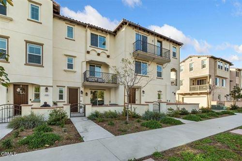 Photo of 552 Pioneer Street, Camarillo, CA 93010 (MLS # V1-5622)