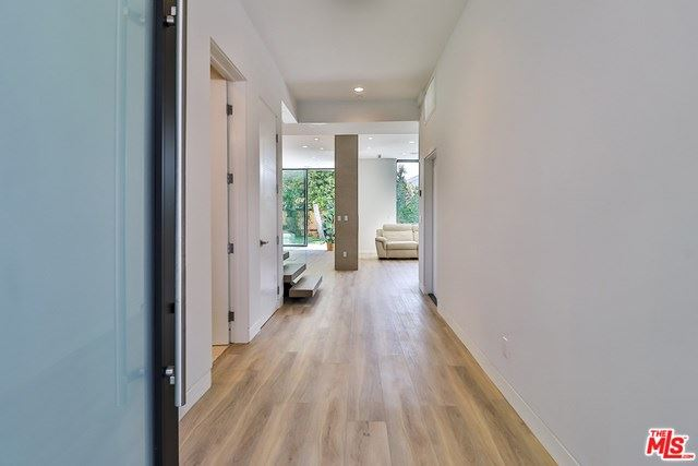 Photo of 3105 Colby Avenue, Los Angeles, CA 90066 (MLS # 20664624)