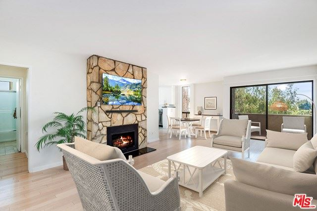 Photo of 16169 W Sunset Boulevard #201, Pacific Palisades, CA 90272 (MLS # 21714624)