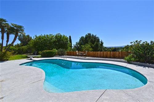 Photo of 17324 Ballinger Street, Northridge, CA 91325 (MLS # SR21209625)