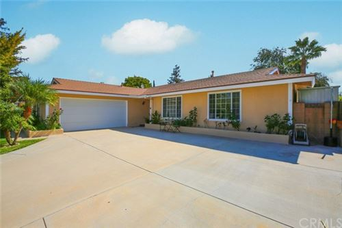 Photo of 2126 Atwater Avenue, Simi Valley, CA 93063 (MLS # BB21082627)