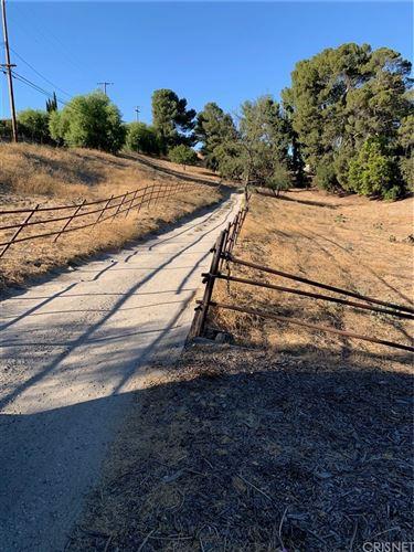 Photo of 11840 Highwater Road, Granada Hills, CA 91344 (MLS # SR21026627)