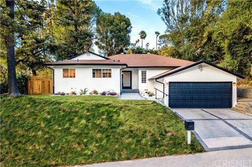 Photo of 3606 Woodcliff Road, Sherman Oaks, CA 91403 (MLS # SR20223628)