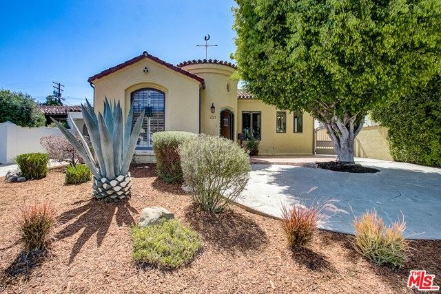 Photo of 221 S WETHERLY Drive, Beverly Hills, CA 90211 (MLS # 20577628)