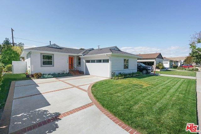 Photo of 11555 Mcdonald Street, Culver City, CA 90230 (MLS # 21725628)