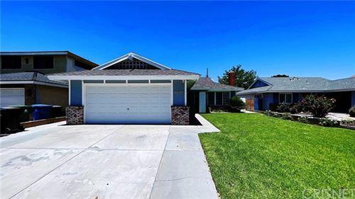 Photo of 19833 Blythe Street, Winnetka, CA 91306 (MLS # SR21130629)