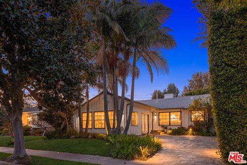 Photo of 11363 Burnham Street, Los Angeles, CA 90049 (MLS # 21791630)