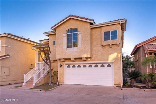 Photo of 1751 Tallowberry Lane, Simi Valley, CA 93065 (MLS # 221005630)