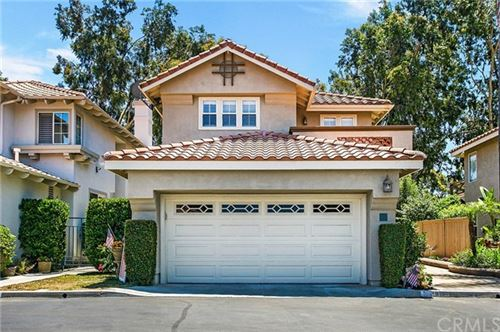 Photo of 28 Via Helena, Rancho Santa Margarita, CA 92688 (MLS # IG20119630)