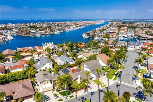Photo of 16581 Wanderer Lane, Huntington Beach, CA 92649 (MLS # OC20080631)