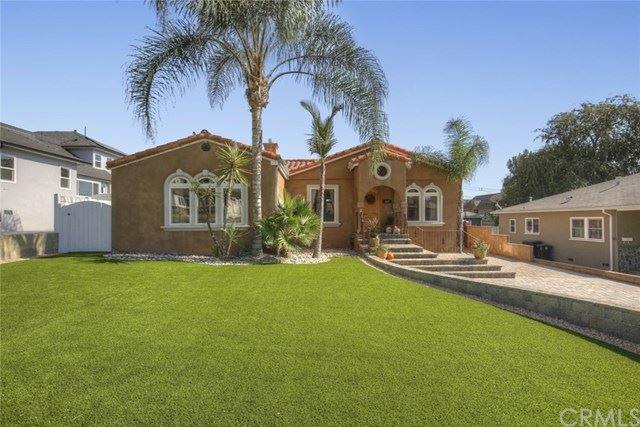 Photo for 522 E Grinnell Drive, Burbank, CA 91501 (MLS # BB20221631)