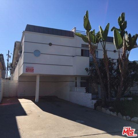 Photo of 3661 Vinton Avenue, Los Angeles, CA 90034 (MLS # 20614632)