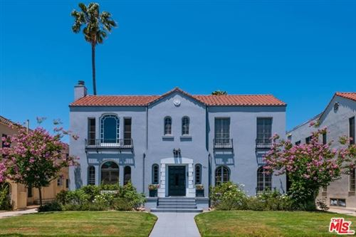 Photo of 821 S Mansfield Avenue #1, Los Angeles, CA 90036 (MLS # 20639632)