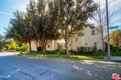 Photo of 1031 Lincoln Avenue #3, Pasadena, CA 91103 (MLS # 21677632)