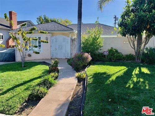 Photo of 1534 Reeves Street, Los Angeles, CA 90035 (MLS # 21708632)