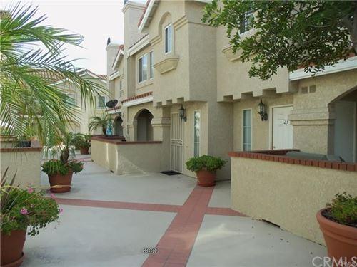 Photo of 201 Laurel Avenue #24, Brea, CA 92821 (MLS # CV20236632)
