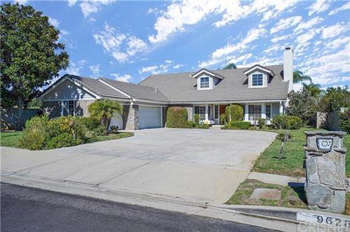Photo of 9628 Kentland Avenue, Chatsworth, CA 91311 (MLS # SR20062632)