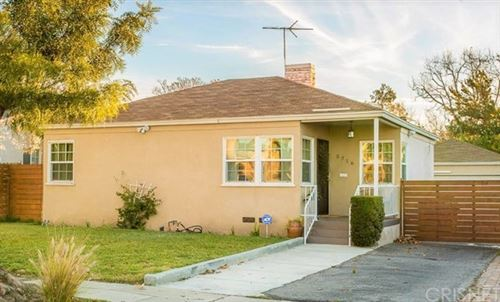 Photo of 5716 Cleon Avenue, North Hollywood, CA 91601 (MLS # SR21065632)