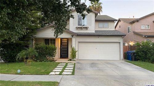 Photo of 14145 Leadwell Street, Van Nuys, CA 91405 (MLS # 320003633)