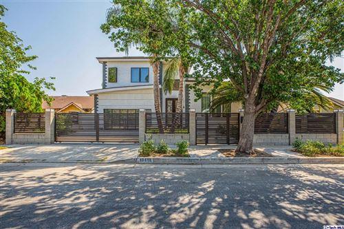 Photo of 10418 Rubio Ave Avenue, Granada Hills, CA 91344 (MLS # 320007633)