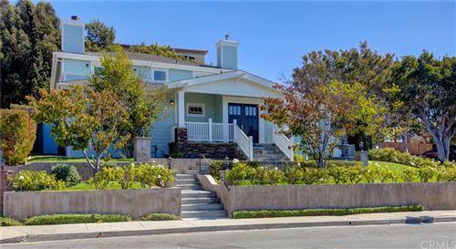 Photo of 2704 El Oeste Drive, Hermosa Beach, CA 90254 (MLS # SB21211633)